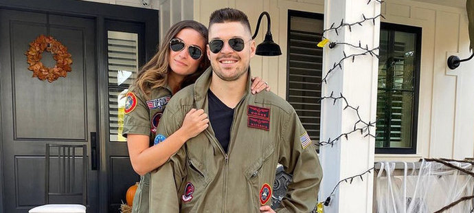 Letos se na Halloween proměnili i ve dvojici pilotů z filmu Top Gun