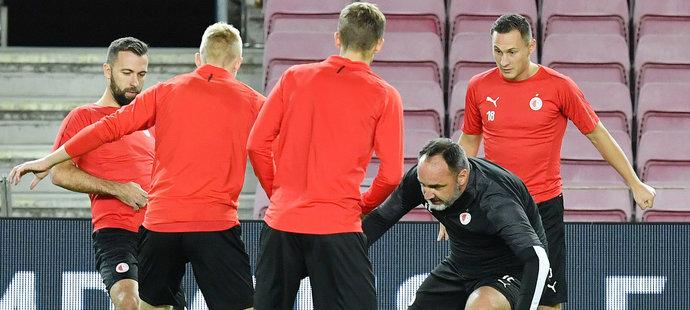 Slavia má za sebou předzápasový trénink na Camp Nou