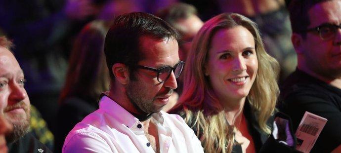 Zápas století mezi Karlosem Vémolou a Attilou Véghem si nenechali ujít tenisté Radek Štěpánek s manželkou Nicole Vaidišovou