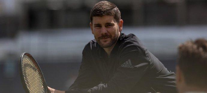 Daniel Vallverdu vedl Tomáše Berdycha či Stana Wawrinku, teď má pomoci Karolíně Plíškové