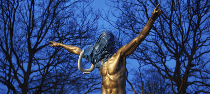 Socha Zlatana Ibrahimovice byla poškozena vandaly