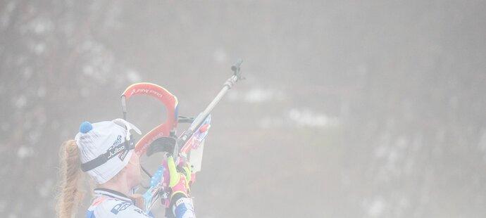 Dvě chyby na střelnici stály Markétu Davidovou lepší umístění v úvodním sprintu Světového poháru v Oberhofu
