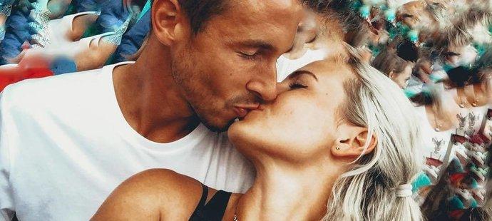 Lukáš Rosol s krásnou manželkou Petrou