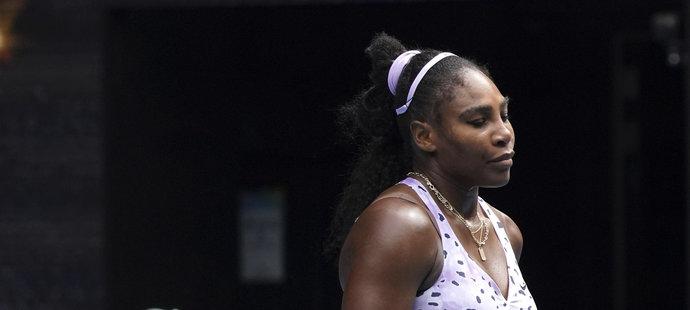 Čekání Williamsové na 24. grandslamový vavřín, jímž by se vyrovnala Australance Margaret Courtové, se tak dál prodlužuje.