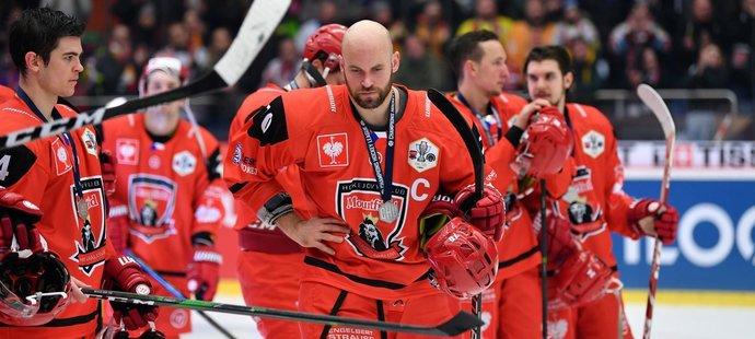 Hokejisté Hradce Králové po prohraném finále se švédskou Frölundou