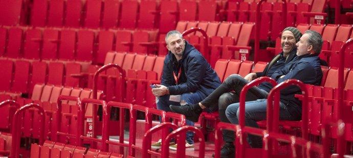 Trénink české reprezentace sledoval i manažer Petr Nedvěd.