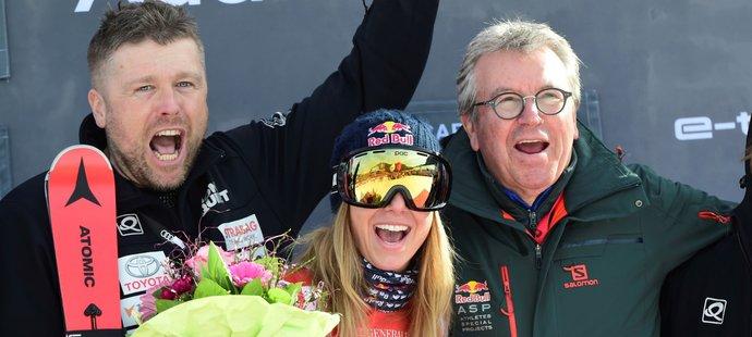 Druhé stupně vítězů v kariéře ve Světovém poháru si Ester Ledecká užila se svým realizačním týmem