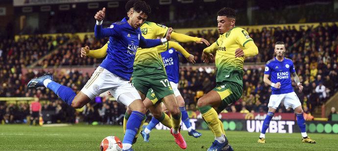 Průběžně třetí tým tabulky Premier League Leicester City nepochodil na hřišti posledního Norwiche a prohrál 0:1