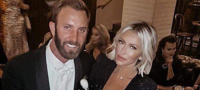 Paulina Gretzky s manželem a excelentním golfistou Dusinem Johnsonem na svatbě svého brášky Tye