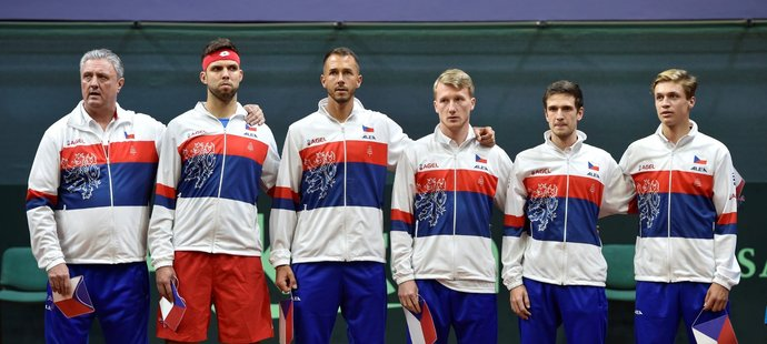 Čeští tenisté při zahájení daviscupového klání proti Slovensku