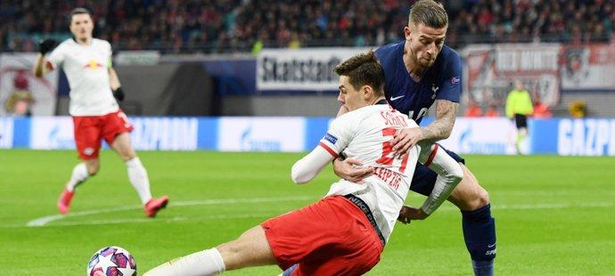 Český útočník Patrik Schick v utkání Ligy mistrů mezi Lipskem a Tottenhamem