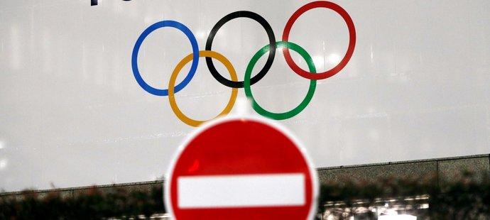 Olympijské hry v Tokiu začnou s ročním odkladem
