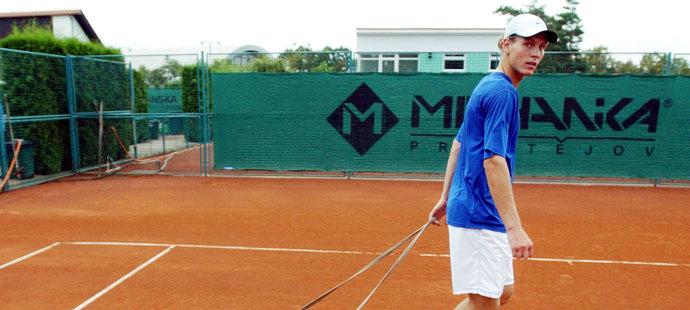 2004. Tomáš Berdych při tréninku.