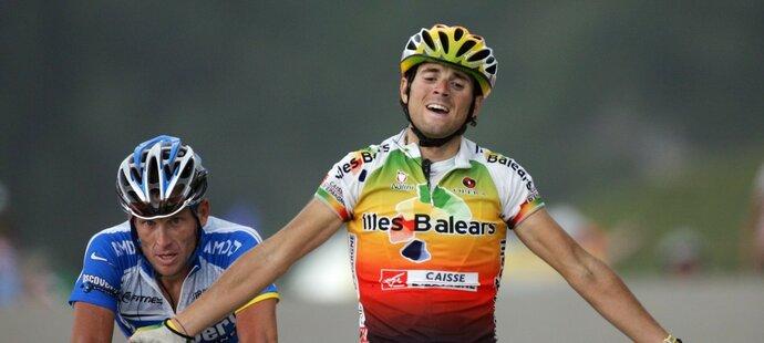 Při svém prvním vystoupení na Tour de France Alejandro Valverde v roce 2005 vyhrál horskou etapu, když ve finiši udolal i Lance Armstronga