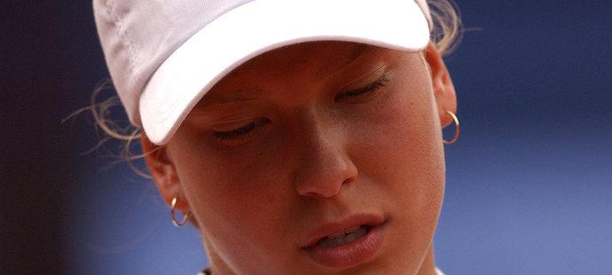 2002. Premiéra ve Fed Cupu proti Kanadě.