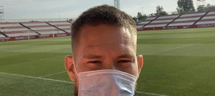 Tomáš Vaclík si opět stoupl v Seville mezi tyče, trénoval pouze s jedním míčem
