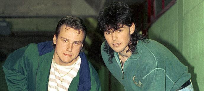 1994. Martin Straka s Jaromírem Jágrem během MS v Itálii.
