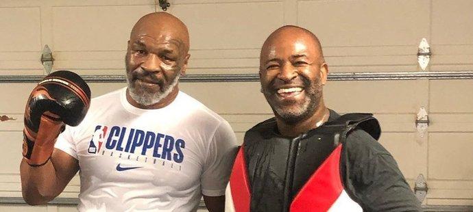 Takhle v současnosti vypadá třiapadesátiletý Mike Tyson (vlevo).