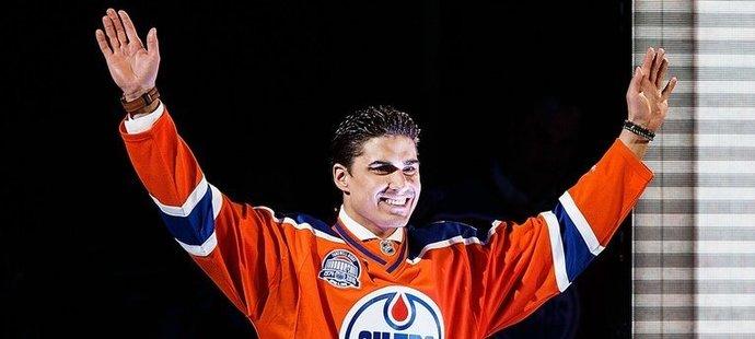 V roce 2012 byl Nail Jakupov na vrcholu. Dva famózní ročníky v OHL v dresu Sarnia Sting (107 zápasů, 170 bodů) z něj udělali jedničku draftu.