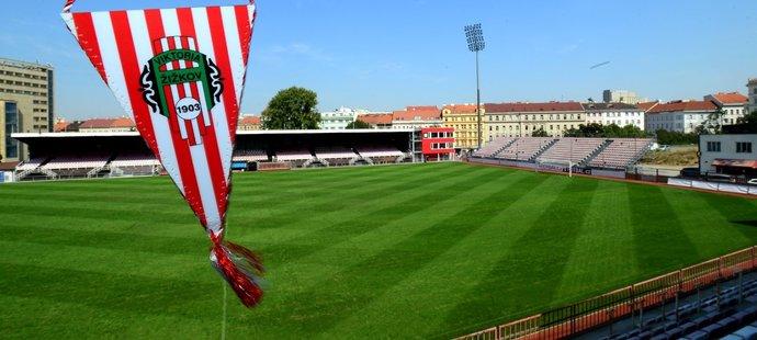 Viktorii Žižkov hrozí ztráta profesionální licence, pokud neopraví stadion