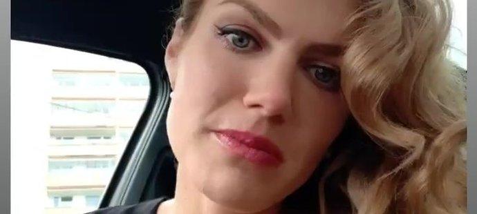 Roztžitá Gabriela Koukalová poslala svým fanouškům sexy pozdrav