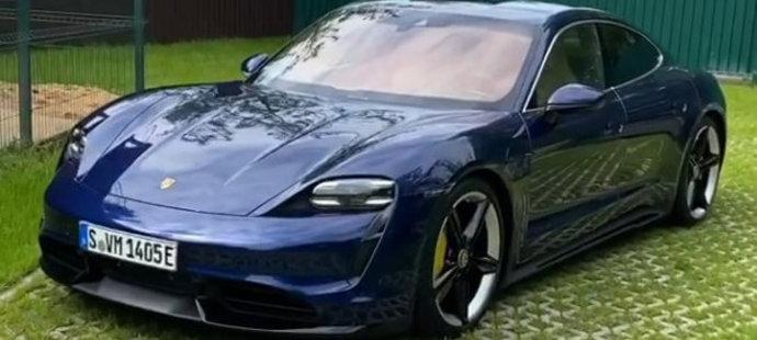 Ruský krasobruslař Jevgenij Pljuščenko  miluje krásná auta