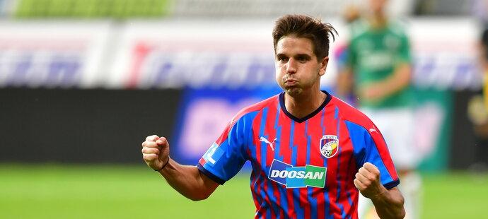 Uklidňující gól na 2:0. Aleš Čermák si po své trefě ve druhém poločase zhluboka oddechl.