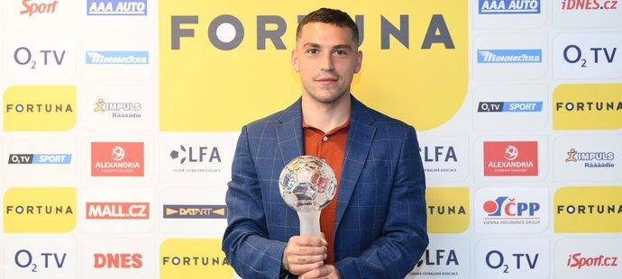 Nejlepším cizincem v uplynulé ligové sezoně byl Nicolae Stanciu ze Slavie