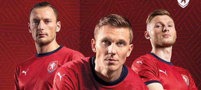 Česká fotbalová reprezentace představila nové domácí dresy