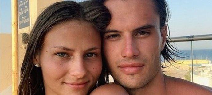 Plavkyně Barbora Seemanová a její přítel Matyáš Písačka