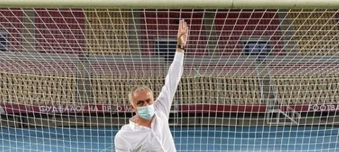 José Mourinho se vyfotil v menší bráně