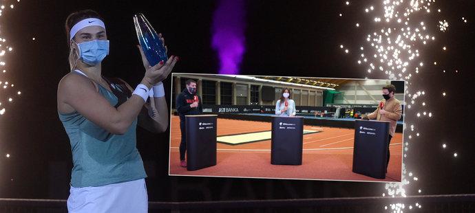 Sanitka před finále, měla Azarenková skrečovat? Experti Sportu o turnaji