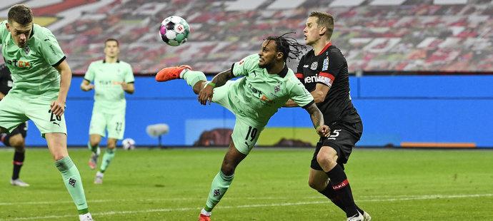 Rakouský útočník Valentino Lazaro a jeho výstavní gól.