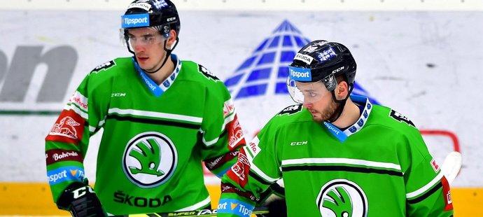 Útočníci David Šťastný (vlevo) a Radim Zohorna si v Mladé Boleslavi narámně sedí