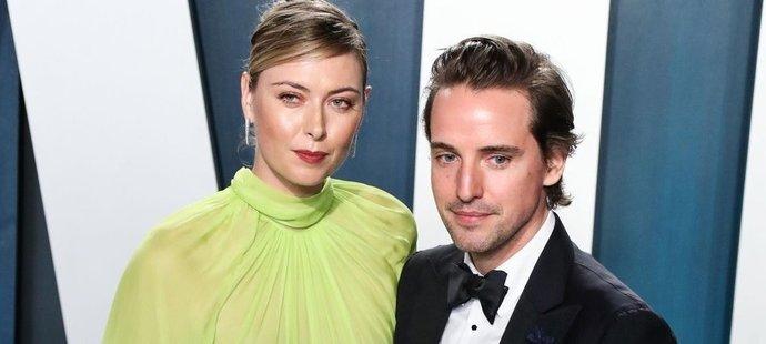 Šťastný pár. Maria Šarapovová se svým snoubencem jen září.