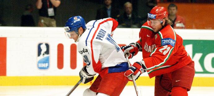 Na mistrovství světa 2005 ve Vídni si Andrej Kosticyn zahrál i proti Václavu Prospalovi