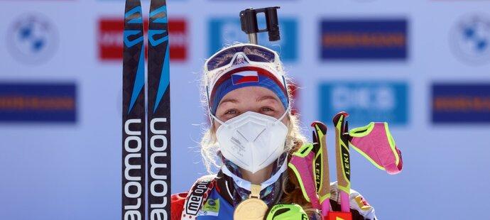 Markéta Davidová se zlatou medailí z vytrvalostního závodu