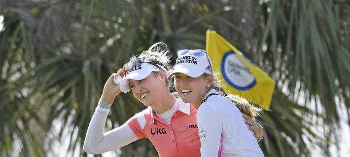 Nelly Kordová se sestrou Jessicou aktuálně vládnou golfovému světu.