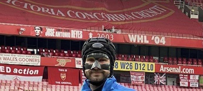 Do branky Slavie ve čtvrtfinále s Arsenalem se vrací Ondřej Kolář vybavený ochranou obličeje
