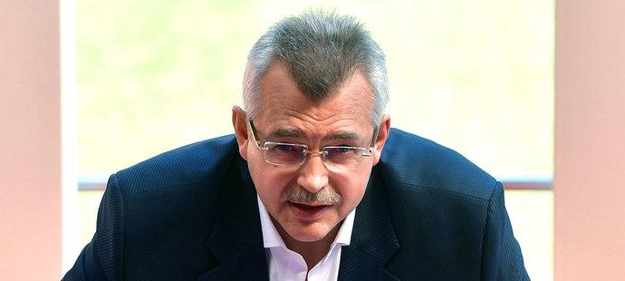 Jaroslav Tvrdík se ostře vyjádřil k současnému dění mezi bohatými fotbalovými kluby.
