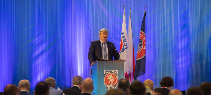 Miroslav Jansta při svém projevu