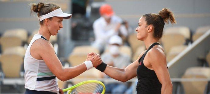 Barbora Krejčíková ve velké semifinálové bitvě French Open porazila řeckou tenistku Marii Sakkariovou