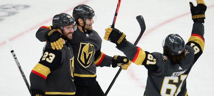 Vegas nakonec čtyřmi výhrami v řadě otočilo sérii a ovládlo ji 4:2 na utkání