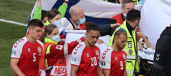 Dánský záložník Christian Eriksen zkolaboval v průběhu utkání  mezi Dánskem a Finskem