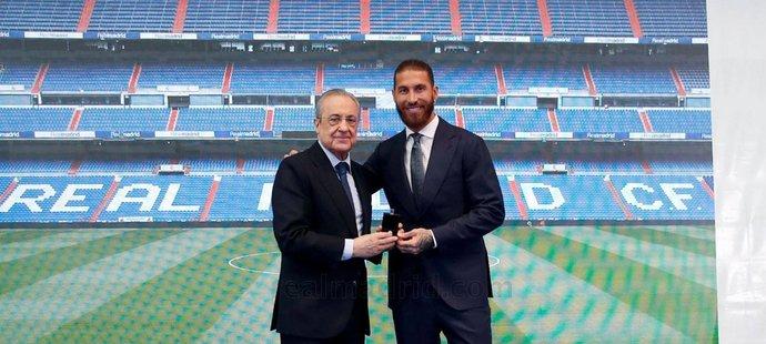 Sergio Ramos se rozloučil s Realem na setkání s prezidentem Florentinem Pérezem