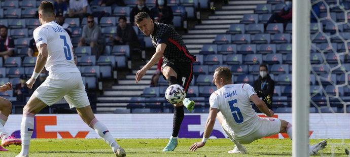 Ivan Perišič dal vyrovnávací gól Chorvatů