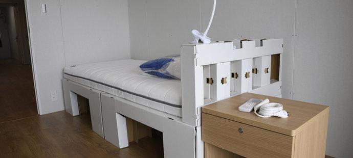 Sportovci budou v olympijské vesnici spát na kartonových postelích