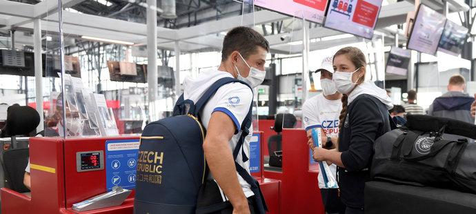 První trio českých sportovců odletělo do Tokia