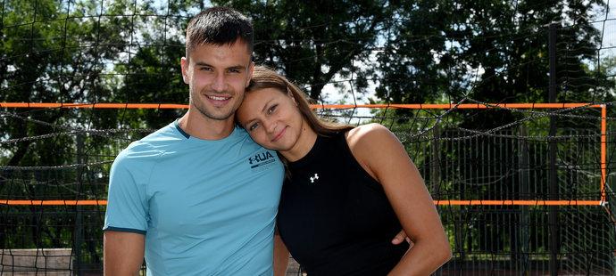 Plavecko-fotbalová láska. Barbora Seemanová s Matyášem Písačkou