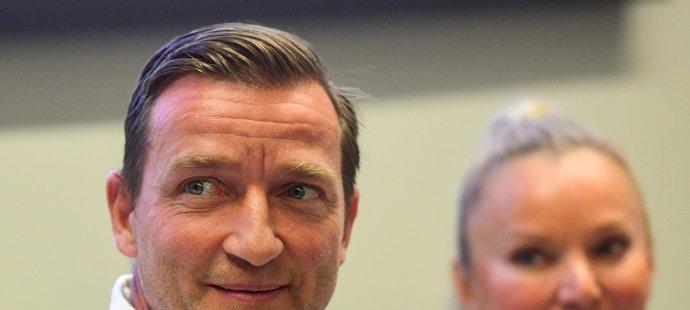Fotbalová legenda Vladimír Šmicer ujistil Jaromíra Jágra, že na akci ve Špindlerově Mlýně přiveze řadu bývalých spoluhráčů